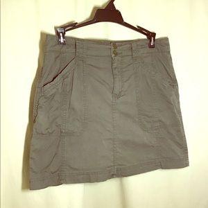 Dressbarn 4 olive green culottes skorts golf skirt
